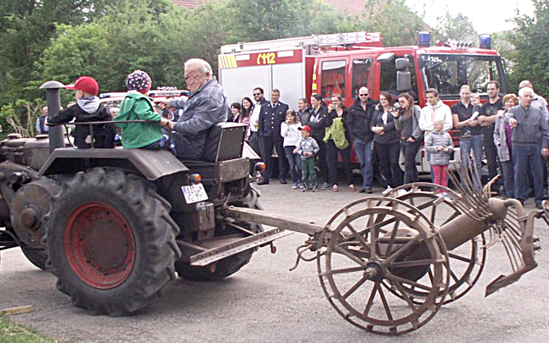 Heimatkundeverein Derching Bulldoggenparade